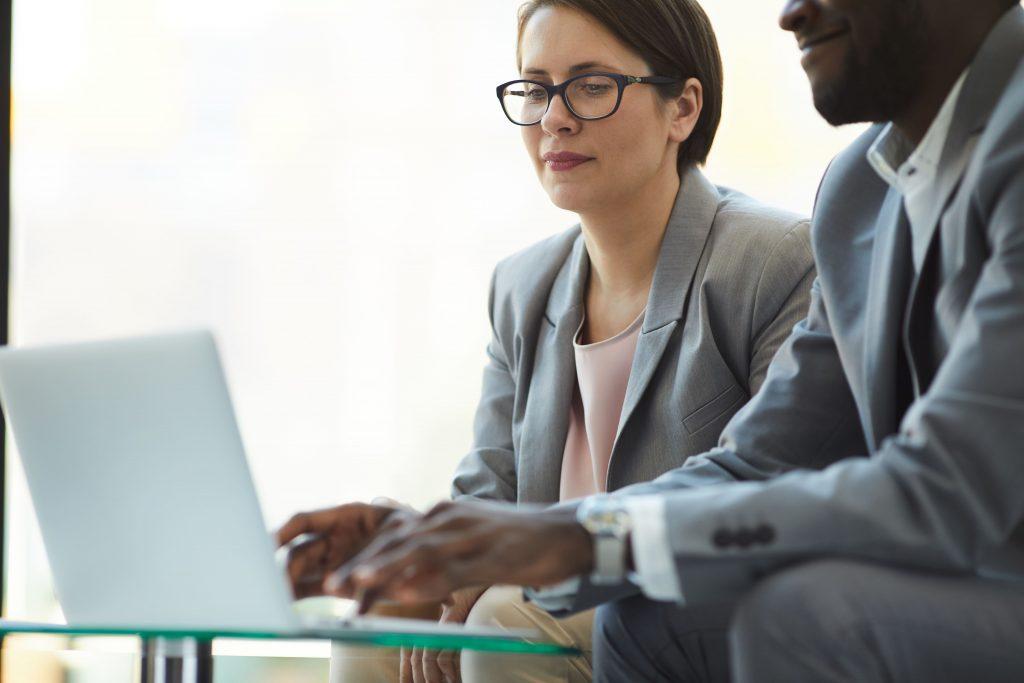 Gestão estratégica de vendas: confira o que é, principais benefícios e 7 dicas de como implementar na sua empresa para alavancar resultados